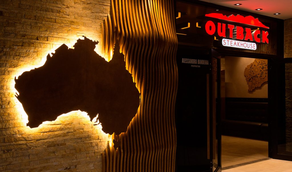 OUTBACK STEAKHOUSE INAUGURA NO SHOPPING MUELLER